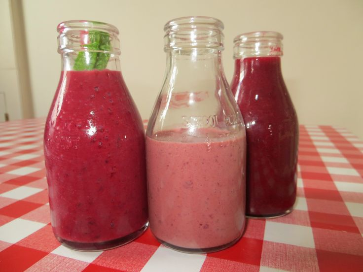 Three Pink Drinks for a Fast Day: Berry mint smoothie 31 Black forest yogurt 92 Beet and ginger 30