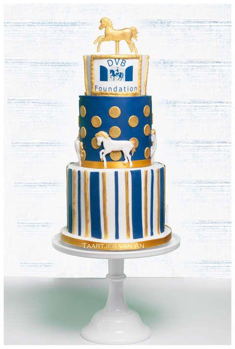 Taartjes-van-An-horsescake paardentaart horse cake bruidstaart-nunspeet-DVB-Foundation-taart-bruidstaart-bell-inn-bruidstaart-harderwijk-bruidstaart-elburg-bruidstaart-hierden-bruidstaa.jpg