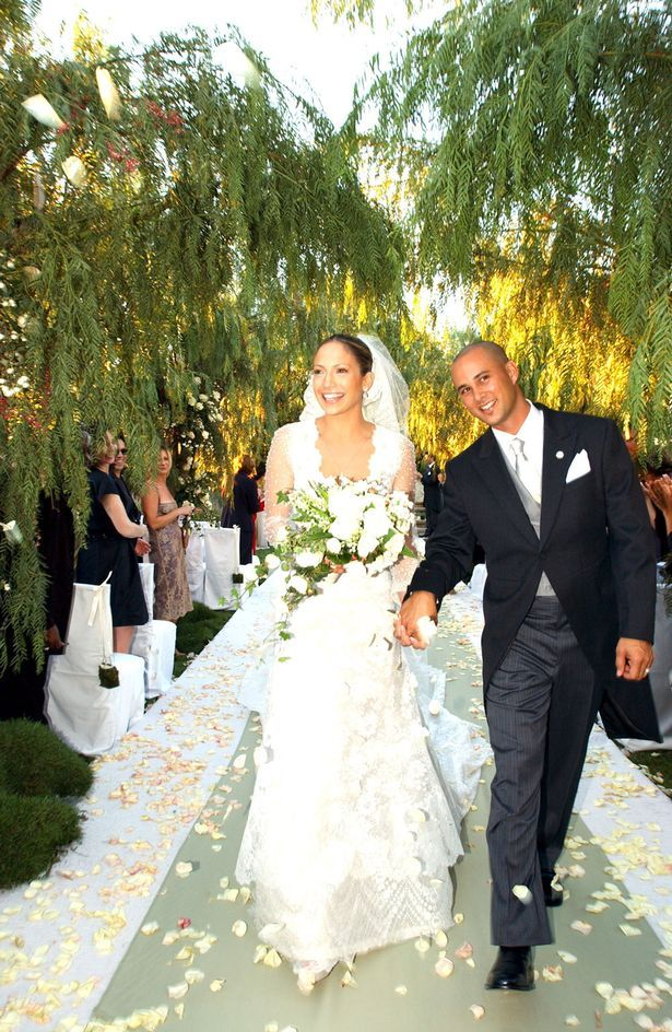 Jennifer Lopez & Cris Judd married from September 29, 2001 to June 2002