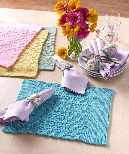 Easter Placemats with Napkin Rings Knitting Pattern Red ...