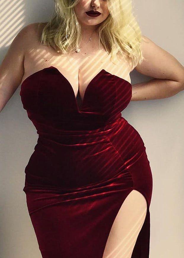 (Visita il nostro sito templedusavoir.org) Moda Per Donne Formose ecc6d19f342