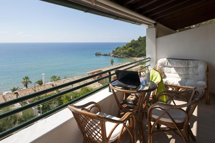 Glyfada Homes Resort Corfu || Offering an outdoor pool and sea views, Glyfada Homes Resort Corfu is located in Glyfada in Corfu Region, 10 km from Corfu Town. Sarandë is 36 km from the property.