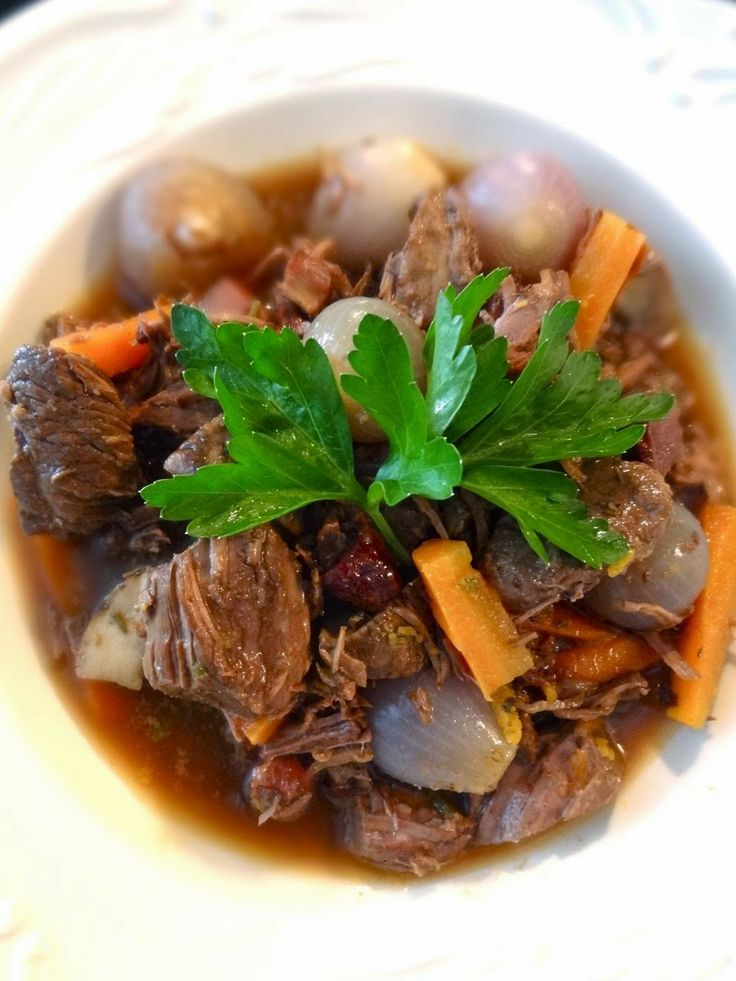 Scrumpdillyicious: Beef Bourguignon: A Salute to the Silver Palate