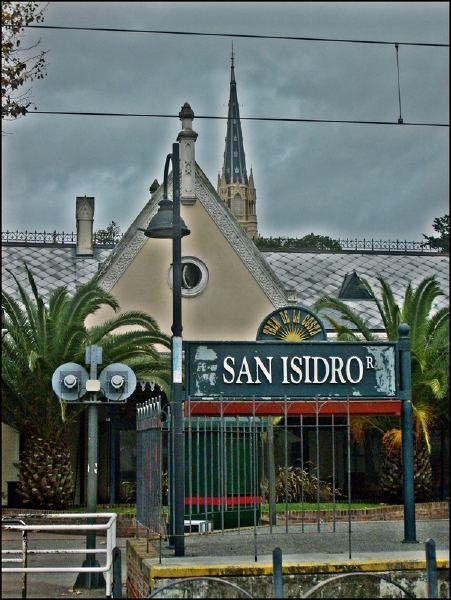 SAN ISIDRO, ACASSUSO & MARTÍNEZ - Retratos de la zona norte del Gran Buenos Aires - SkyscraperCity