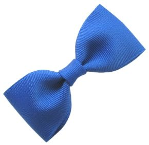 How to make a Bow-Tie bow...I need to learn to make these for the boys! They are always asking when I'm making something for boys! Haha!