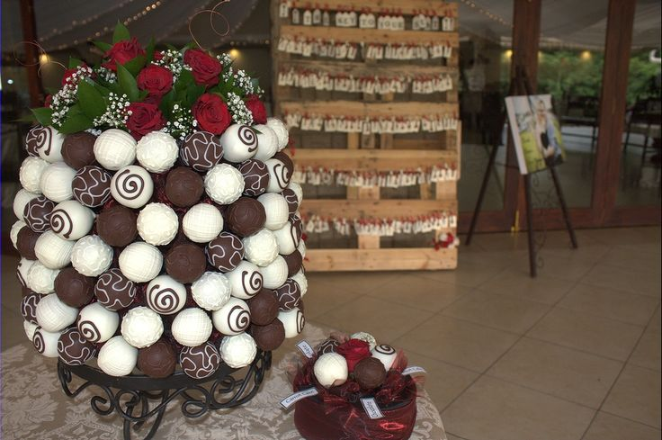 Rose s to top this tower of popcakes