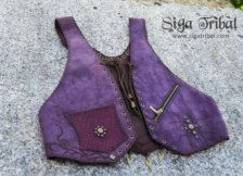 Stunning and unique beautiful leather vest in purple, with pocket with zip in the front, big macramé in the back around Brazilian agate stone blue, gorgeous!!!  All of our items are hand made only, no use of machines.  Size will fit 38/40/42 For further information or more photos if you need please contact us :D      Lots of love