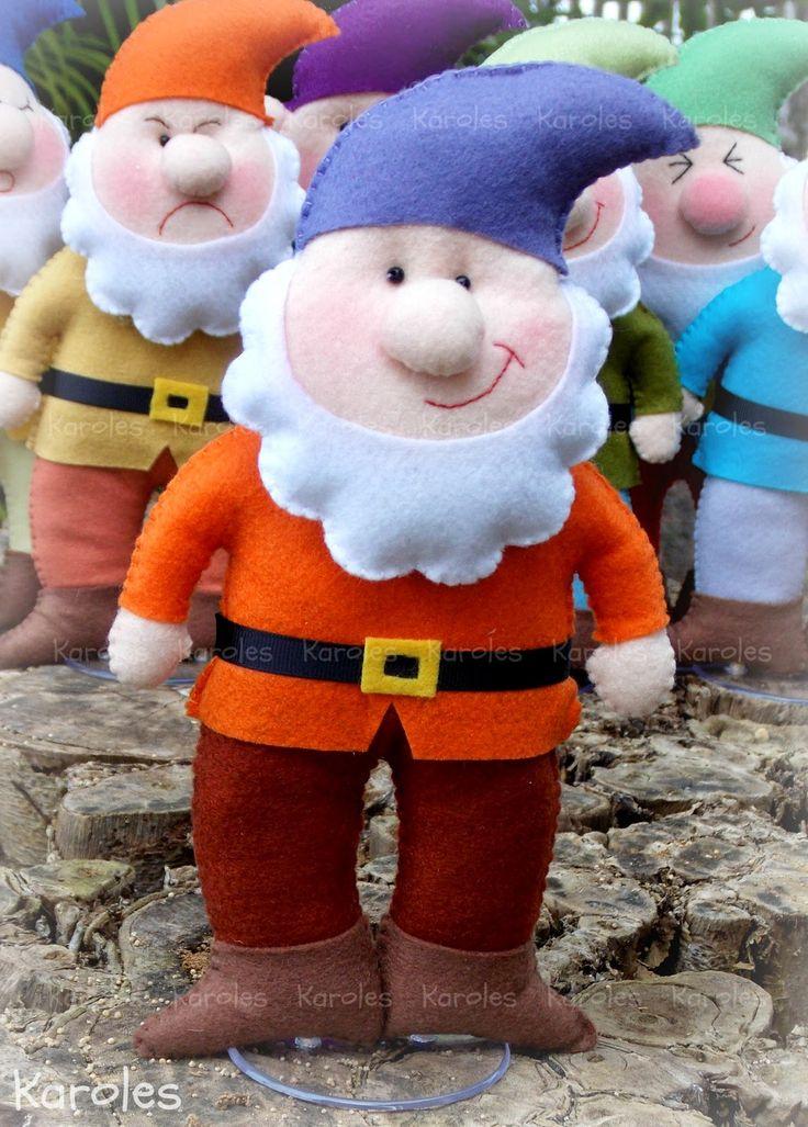 Eles chegaram! A turminha mais famosa por aqui veio mostrar toda sua belezura em um post cheeeeio de fotinhos :) Branca de Neve e toda...