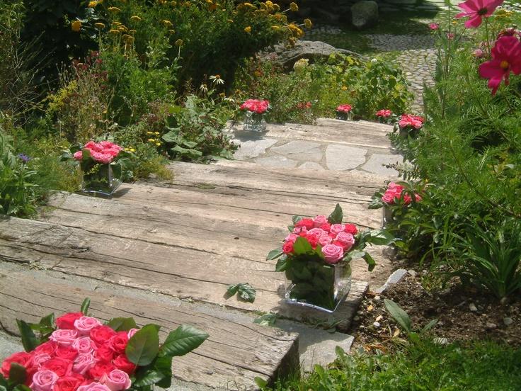 Les Fermes de Marie, Megève // Les marches du bonheur - The steps of happiness  http://en.maisons-hotels-sibuet.com/1168-weddings.htm