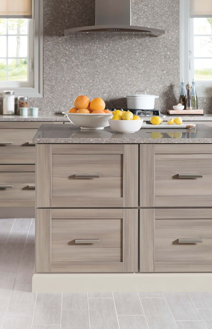 Family Friendly Kitchen Design Tip Select Cabinetry That Looks And Feels Like Real Wood But Is Durable And Easy To Clean Martha Stewart Living Kitchens