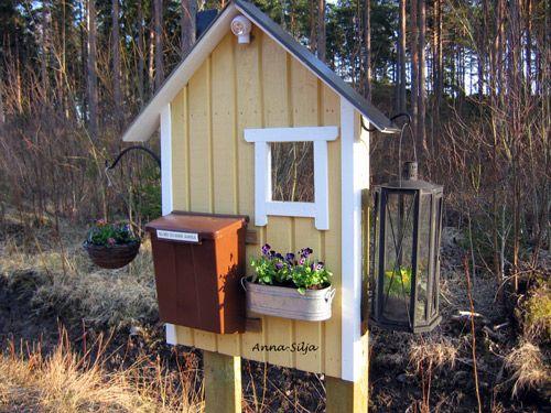 postilaatikko, kukat, orvokit
