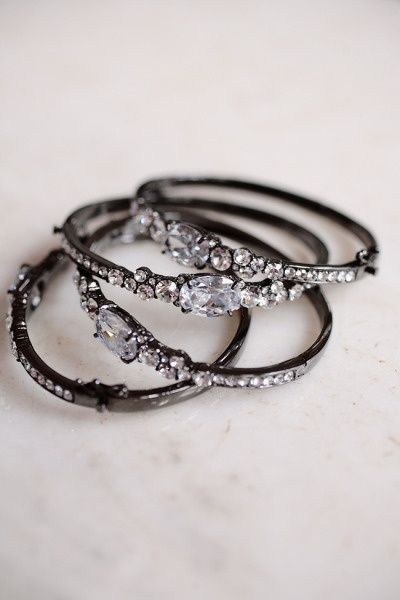 These tiny crystal rings remind me of lace. The contrasting colors are perfect for everyday wear. <3 VintageResearch