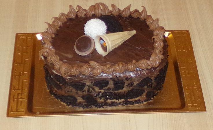 Chocolate, Oreo, Peanut butter Cake