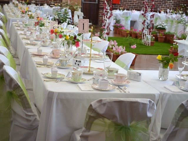Mundaring Shire Hall Antiquitea Wedding
