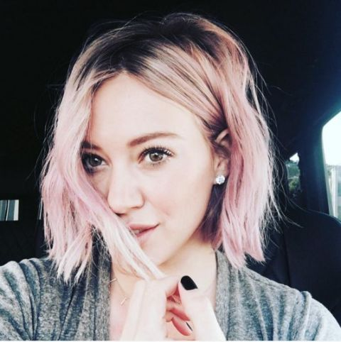 Hilary Duff's rose pink bob