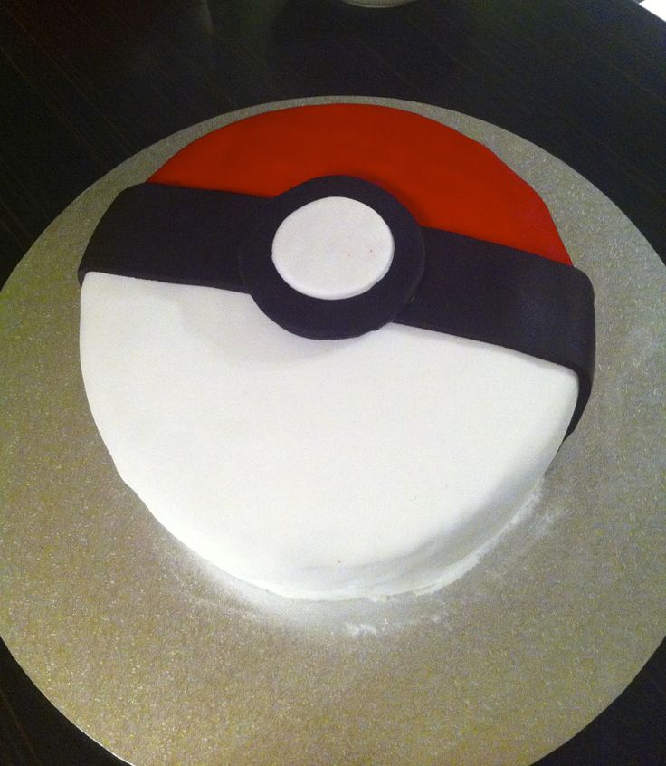 """Harvey's """"Pokeball"""" 11th bday cake (wish they were all this easy)"""