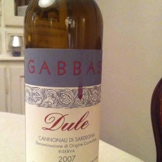 De Dule bij een witloofschotel. Licht gekleurde wijn met een verbazende kracht in rood fruit met veel bramen. Top!
