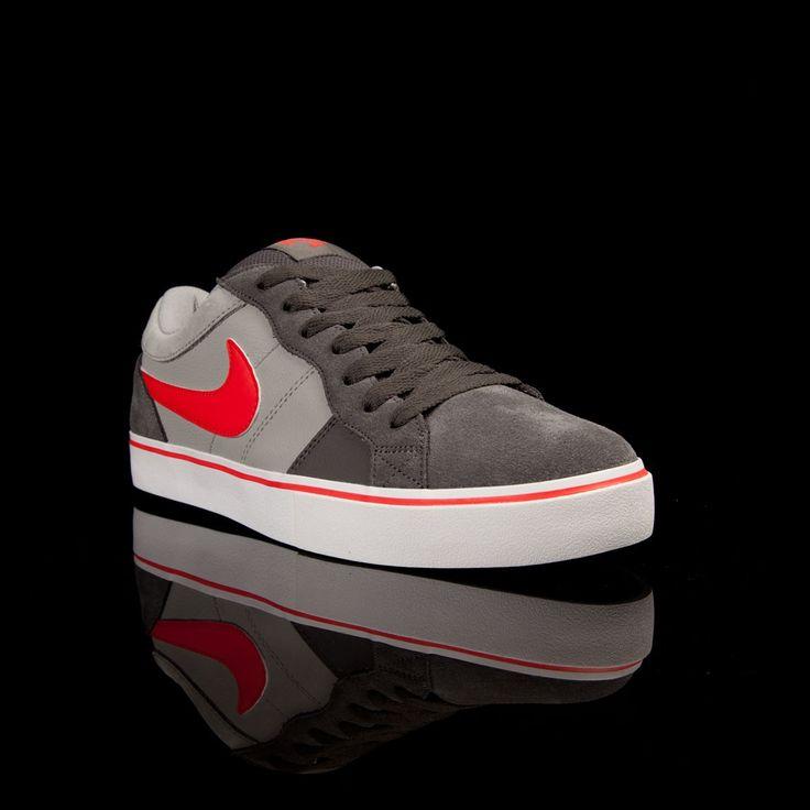 Nike ISOLATE LR