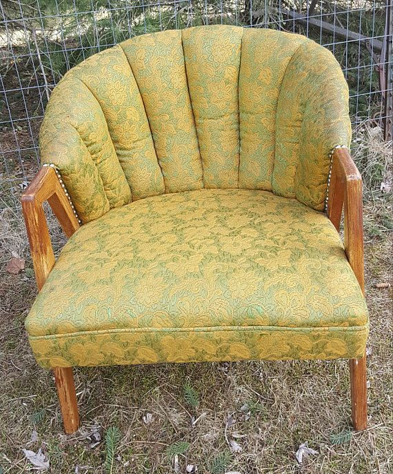 Green And Yellow Tufted 40s Mid Century Modern Club Lounge