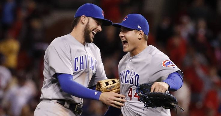 Images: Chicago Cubs clinch NL Central Division title with a win in St. Louis