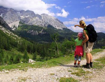 Wandelen in de bergen met kinderen