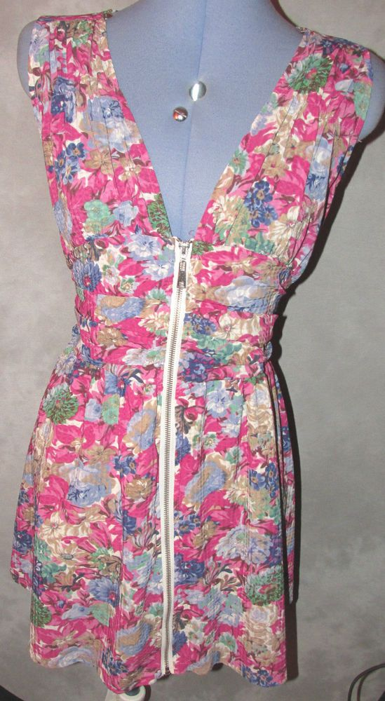 Ladies size 16-18 casual dress v neck sleeveless knee length pink floral