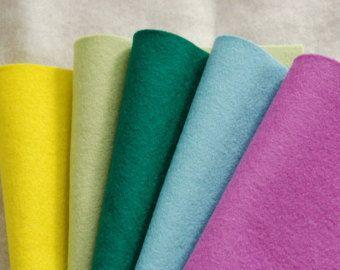 WOOL FELT SPRING - 100% Pure Wool felt sheets - Oeko-tex Standard 100 - 20 x 30cm by woolfinchstudio. Explore more products on http://woolfinchstudio.etsy.com