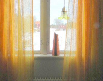 25 beste idee n over gele slaapkamers op pinterest gele kamer decor lichtgele slaapkamers en - Verriere kamer ...