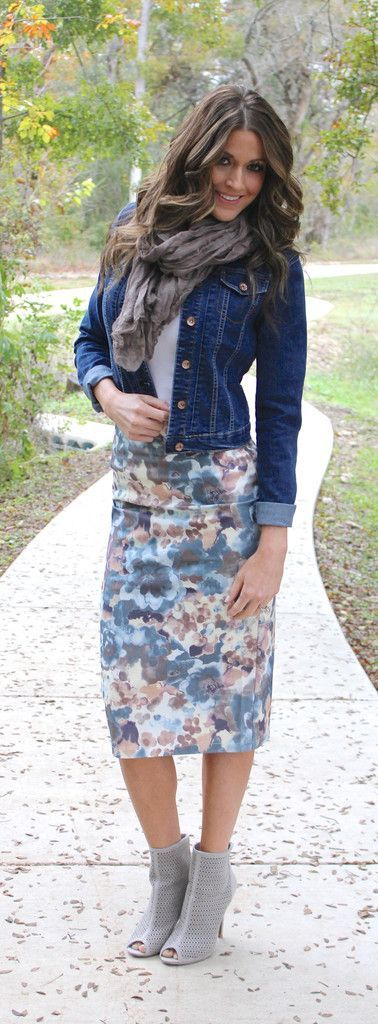Cute way to style the floral skirt! I would loose the scarf for a spring/summer look though.