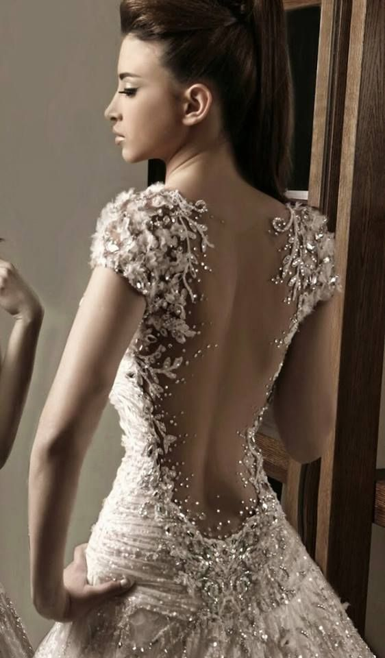 Irresistible Gowns By Rami Salamoun | UniLi - Unique Lifestyle the detail on this gown is unbelievable can't even imagine how stunning it'd be in person