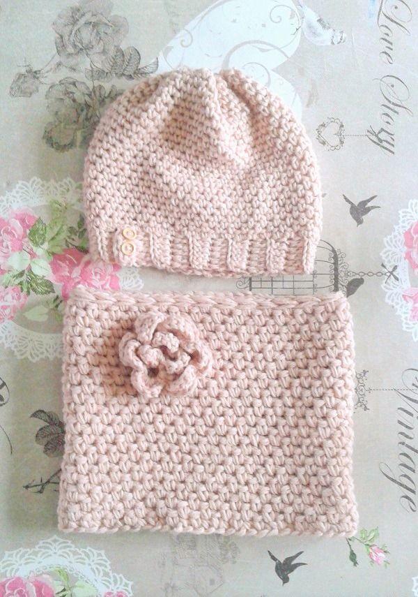 Bonnet nude rose poudré laine mélangée et alpaga tricoté main au crochet unique Made in France : Chapeau, bonnet par c-comme-celine