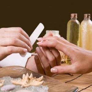 How To Have Manicures That Last