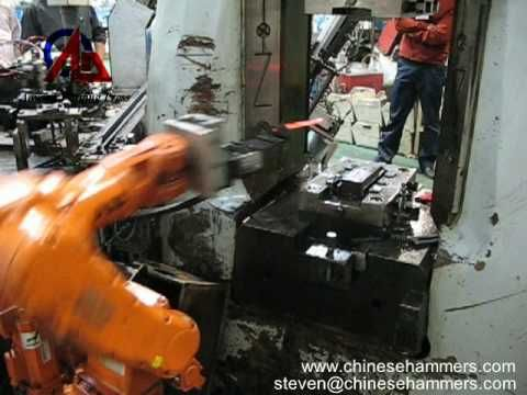 forging robot and CNC forging hammer machine automatic forge process