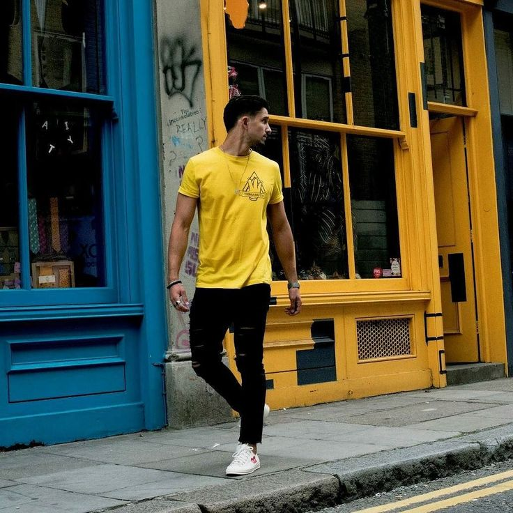 Our Mustard 3angle T-shirt is a must have this Summer.