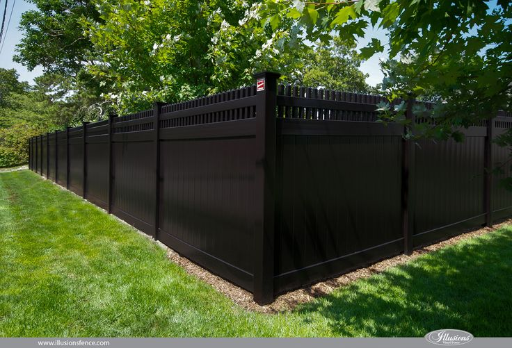 Black Fence Idea from Illusions Vinyl Fence PVC Vinyl privacy - palissade en pvc jardin