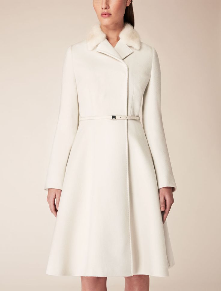 Max Mara GILLES ivory: Wool coat. Find your outfit on the Official Max Mara Website and discover all that is new in ready-to-wear. Princess Kate
