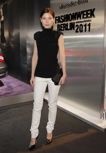 Nora von Waldstätten © Mercedes Benz Fashion Week