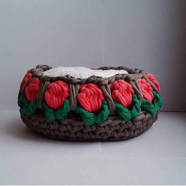 "129 Likes, 7 Comments - @applewhitecrochet on Instagram: ""@bochonok_meda #handmade #crochetlove #crochet #knitting #elemeği #tig #tığişi #penyeipsepet…"""