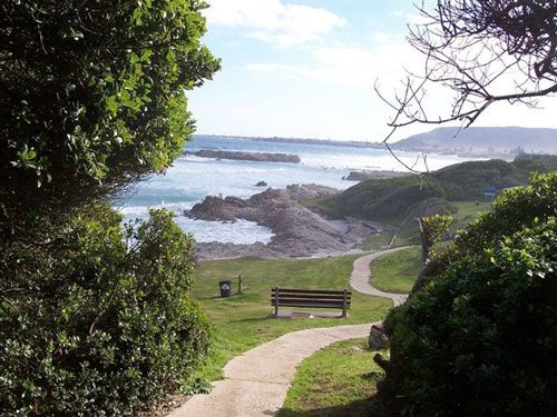 #Hiking on the #Hermanus Cliff Path. Where else can you traverse an entire town along its coast? With its extraordinary diversity of scenery, rocky coves, sandy beaches and secluded forest glades, the Cliff Path is unequalled anywhere.