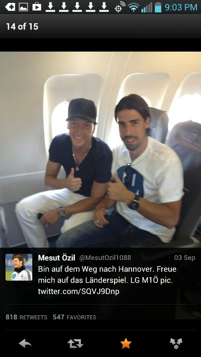 Nice casual dress by Mesut Özil and Sami Khedira. From Mesut's twitter.