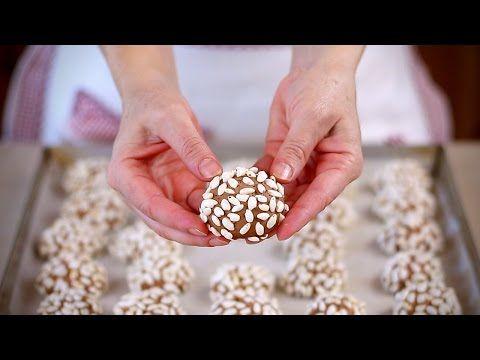 """Ricetta e procedimento per fare in casa i Biscotti ai cereali con i """"Corn Flakes"""", originali, semplici, buoni e croccanti. ★ Blog ➜ http://www.fattoincasadab..."""
