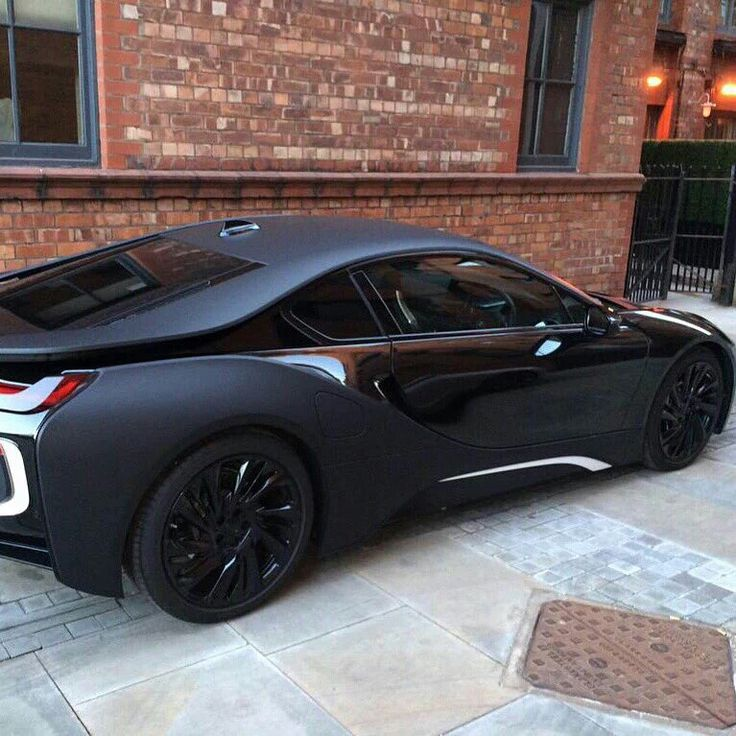 Blacked out Matte BMW i8/ honestly this is the sexiest car out there it's so beautiful