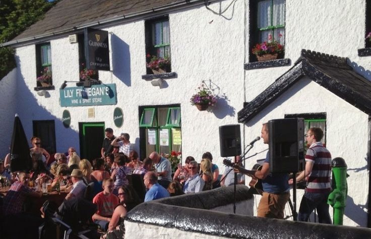 10 Amazing Rural Irish Bars That You Need To Visit Before You Die