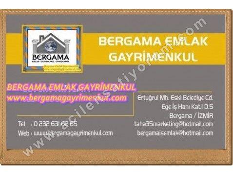 İzmir Bergama bağlar da satılık çiftlik hobi bahçesi çiftlik evi bağ evi 3+1 2,000 m 2.bergama ya 2-2,5 km.içerisinde 3+1 Taş ev bulunmakta