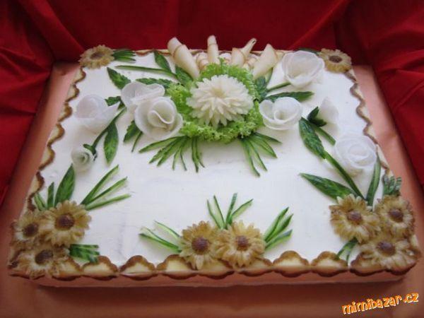 Slaný dort bílo hnědý