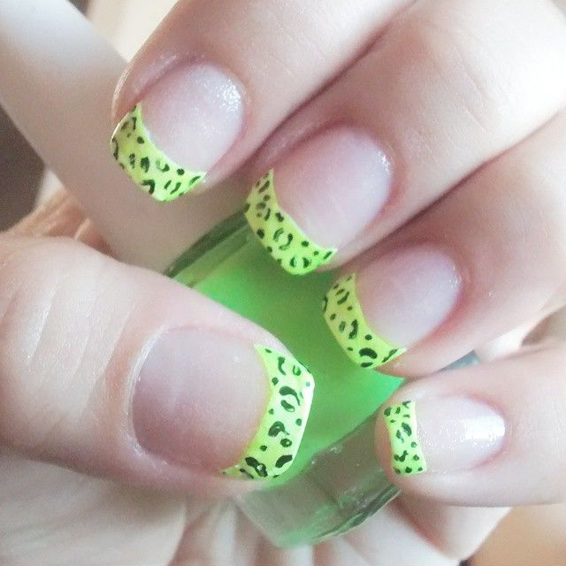 Mejores 37 imágenes de Typical Nail Art en Pinterest | Diseños ...