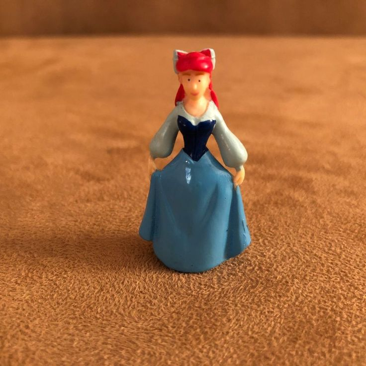 Ariel the Little Mermaid Disney Collector Pack Disneykin World blue dress