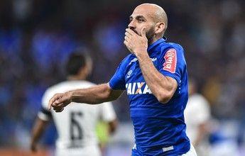 Bruno Rodrigo vence aposta e sobe na lista de zagueiros artilheiros da Raposa