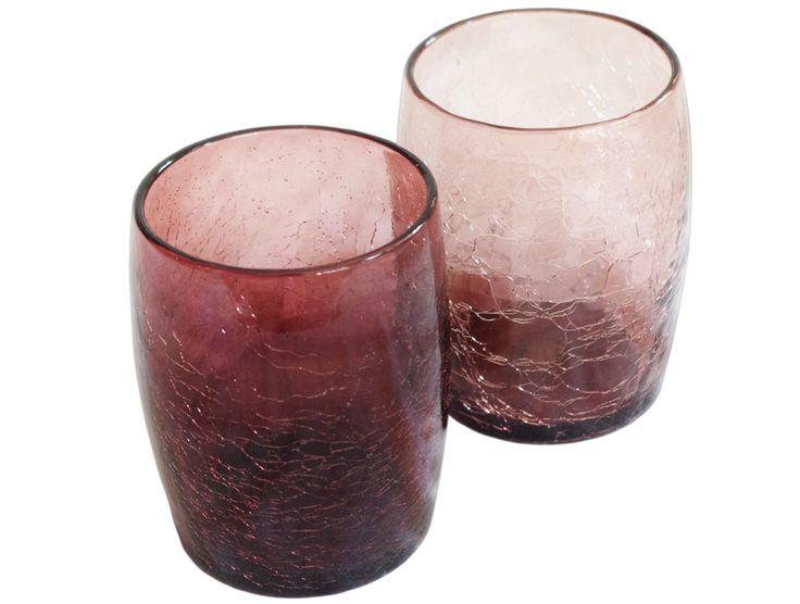 Verre à eau ou à whisky violet en verre soufflé : pour une table élégante et originale. Optez pour une utilisation en verre à orangeade.