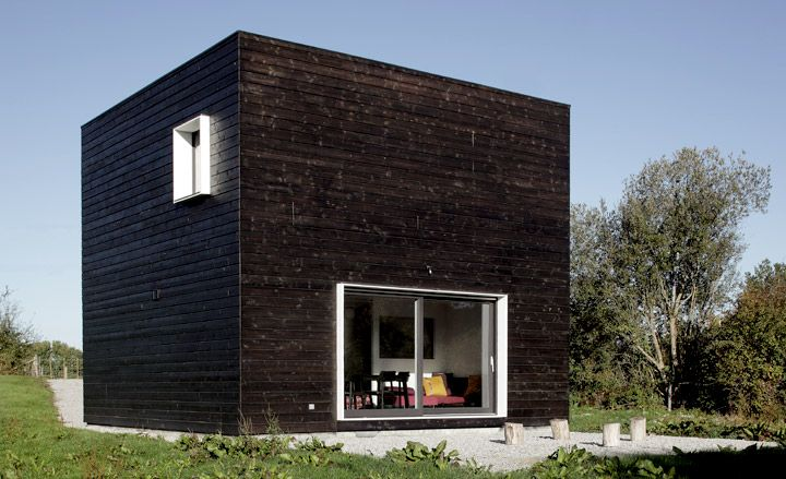 House in Normandy by Beckmann-N'thepe Architectes